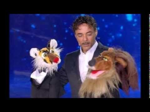 Il ventriloquo Samuel Barletti ha vinto la quinta edizione di Italia's got talent. Il programma condotto da Simone Annichiarico e Belen Rodriguez.info3356049904 agenzia MadeinBo agente
