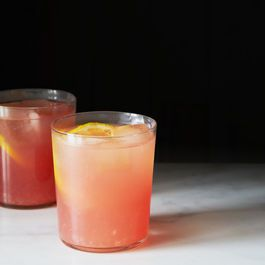 Boozy watermelon lemonade - serves 6.  (Follow cucumber gimlet recipe for individual drinks)