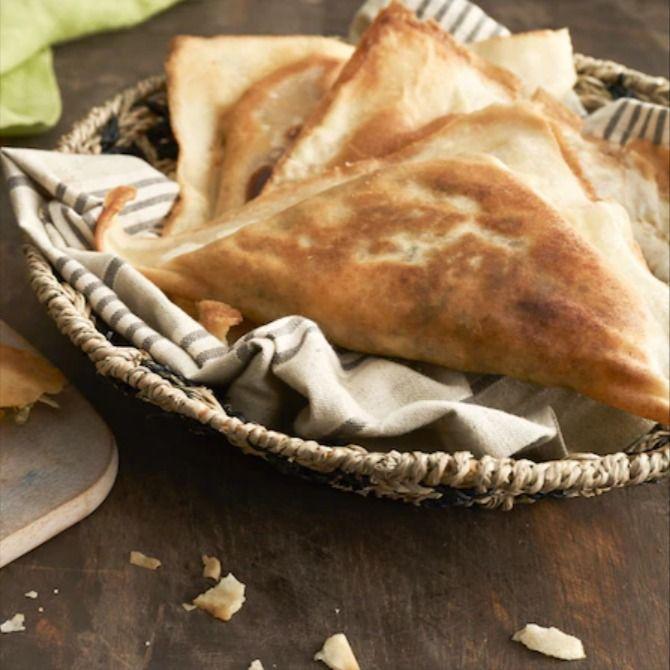 Tunezyjski Brik Z Tunczykiem Przepis Zobacz Na Przepisy Pl Recipe Fish Food Meat