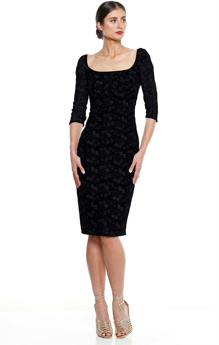 PIRANDELLO EMBROIDERED 3/4 SLEEVE FITTED SCOOP NECK DRESS IN BLACK
