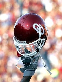 Sooners Football: Sooners Football, Football Seasons, Football Helmets, Favorite Things, Oklahoma Sooners, Boomer Sooners, Sooners Born, Ou Sooners, Oklahoma Football