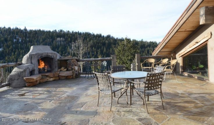 http://www.zillow.com/homedetails/3011-Canyon-Crest-Dr-Victor-ID-83455/2104066486_zpid/