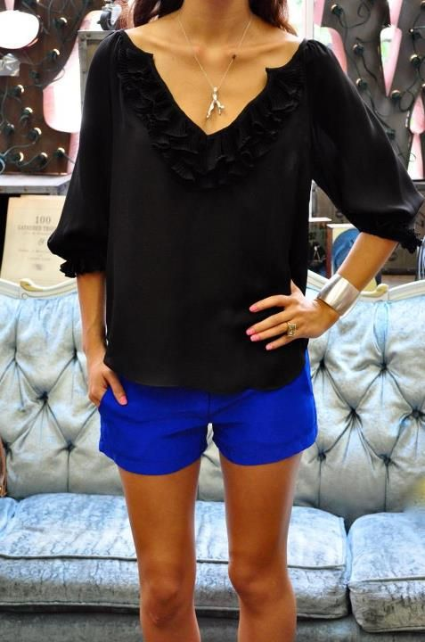 This would be my typical summer casual outfit, just add flat-strappy sandals or flats with a fab clutch.