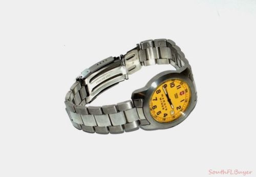 Swiss Army Victorinox Hardys Wines Promotional Yellow Face Wrist Watch Nr