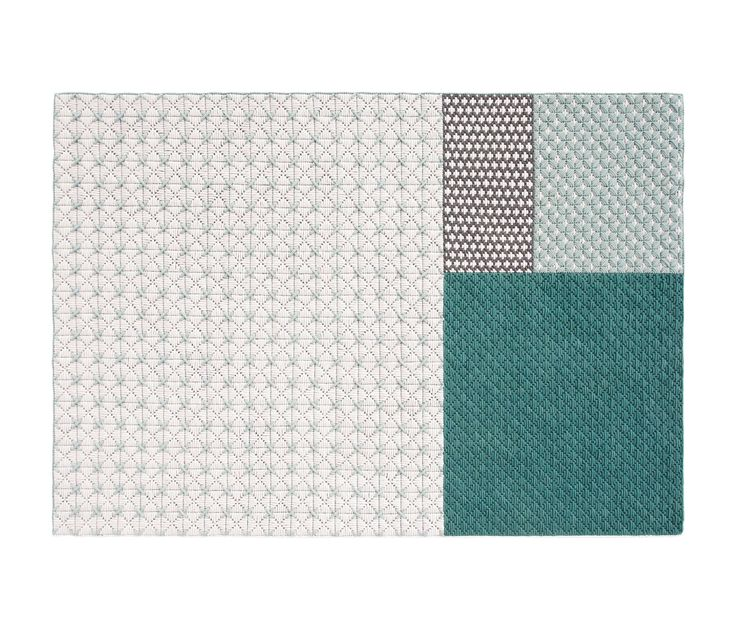 170x240 cm - 5'7'x7'11' 200x300 cm - 6'8'x9'10' Fibre composition: 100% new wool. PE mesh. Total weight approx: 3'2 kg/m² - 0'66 lbs/ft² Total height..