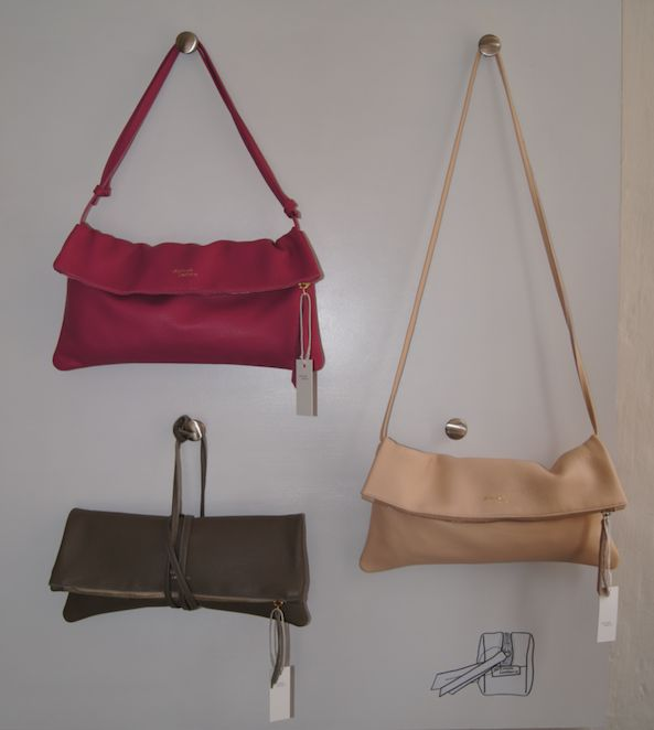 The Jamie foldover clutch with strap can be used in many ways. Such a versatile bag...