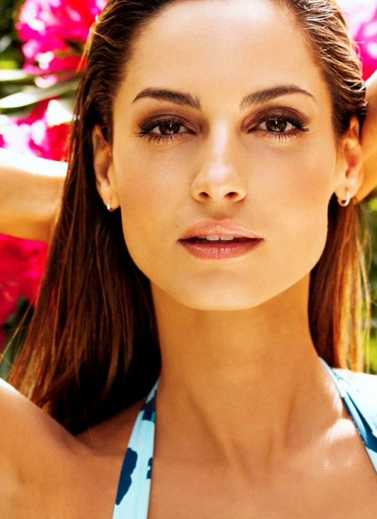 17 best images about ariadne artiles style on pinterest for Ariadne artiles listal