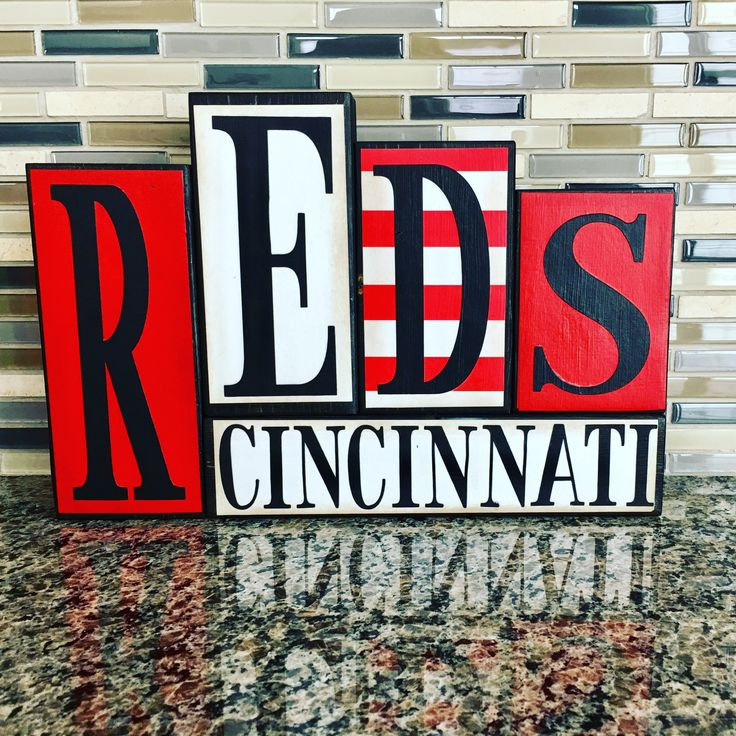 https://m.facebook.com/Craft-Therapy-1859901434250543/ Cincinnati reds!! Decor