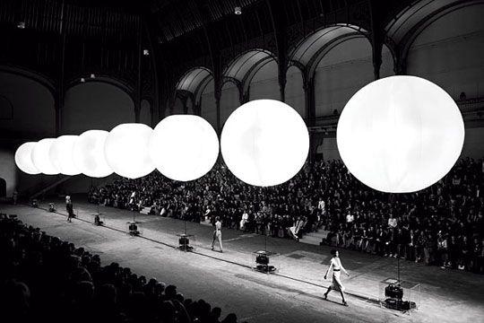 Villa Eugenie: Catwalks Lights, Yves Saint Laurent, Trav'Lin Lights, Fashion Show, Grand Palai, Interiors Design, New York Fashion, Fashion Runway Staging, Ysl Runway