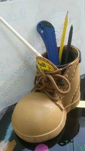Tienes que ver este tutorial para aprender a hacer este original portalápices en forma de bota.