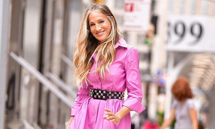 Bright Pink Dresses, Samantha Jones, And Just Like That, Sarah Jessica Parker, Kate Hudson, Blonde Beauty, Carrie Bradshaw, Hottest Photos, Celebrity Photos