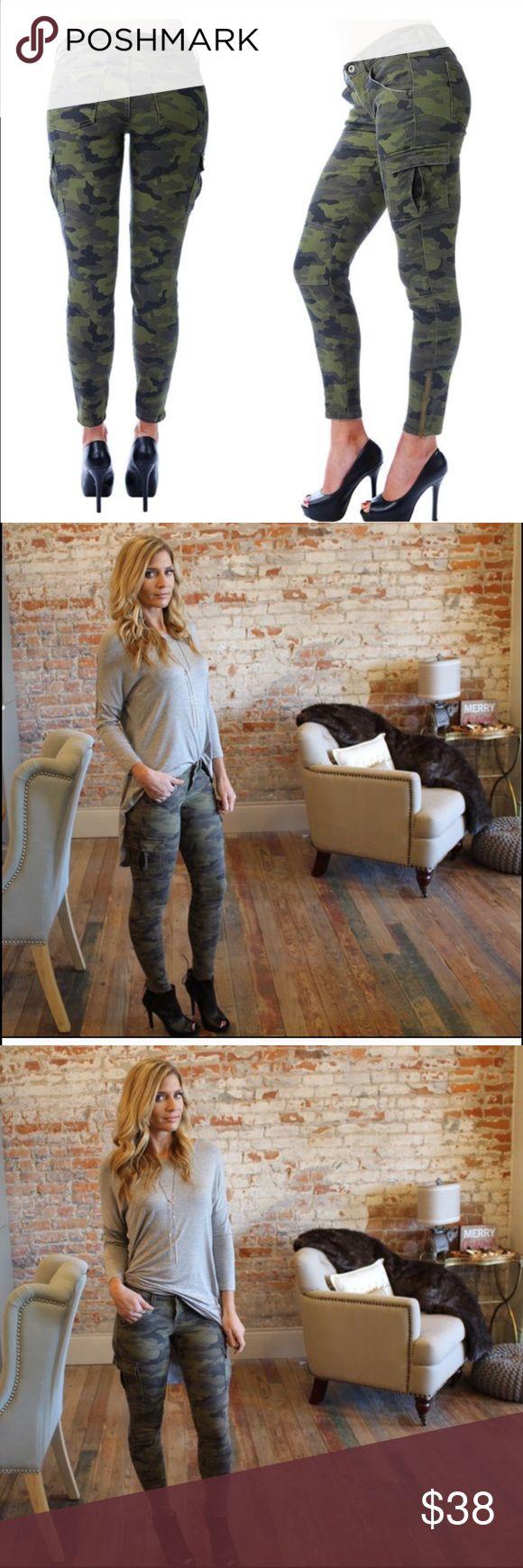Camo skinny jeans Great quality Camo skinny jeans.         Reposhing from @scanon  sneek peek Jeans Skinny