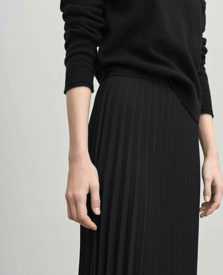 the 25 best black pleated skirt ideas on