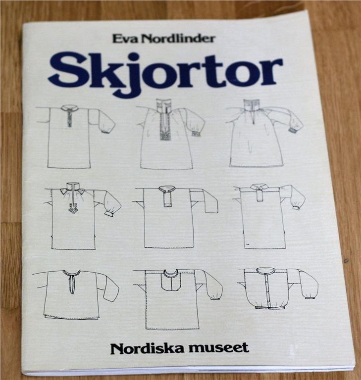 SKJORTOR  MÖNSTER TILL SKJORTA ALLMOGE FOLKDRÄKTER NORDISKA MUSEET RETRO