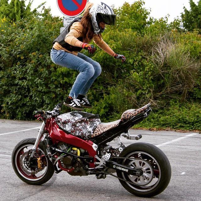 Sarah Lezito. | muscle cars U.S.A and Trucks, bikes ...