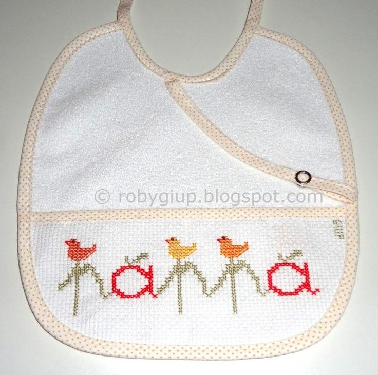 "RobyGiup handmade: bavaglino ricamato a punto croce con scritta ""pappa"" - Cross-stitched bib with ""pappa"" (=""baby food"") writing #bib #baby #gift #cross-stitch"