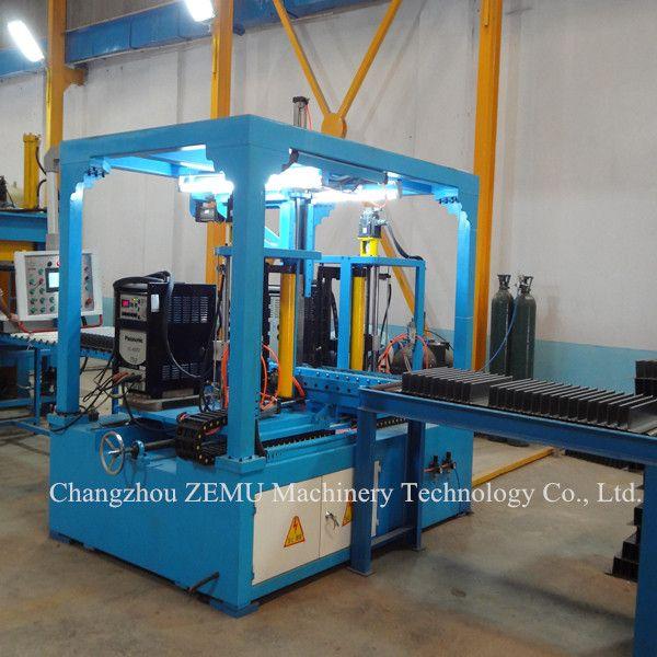 Automatic corrugated plate welding machine