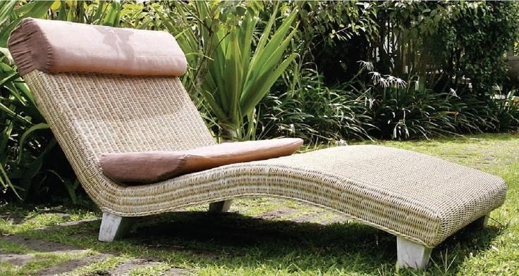 Double Lounge Chair.
