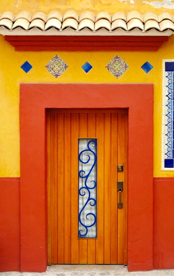 door... Oaxaca, Mexico http://premiumdoorstripping.com