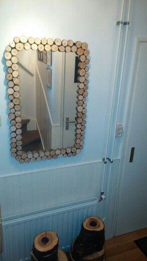 Spiegel met lijst van houten schijfjes tree slices google zoeken made by Hieke