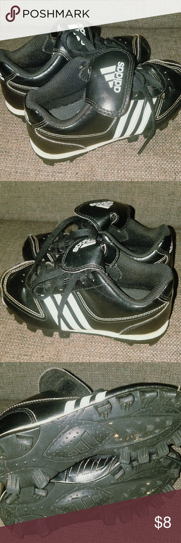 Toddler size 11 1/2 Adidas Wee Ball Cleats These claims are an excellent used condition from a smoke and pet-free home. adidas Shoes