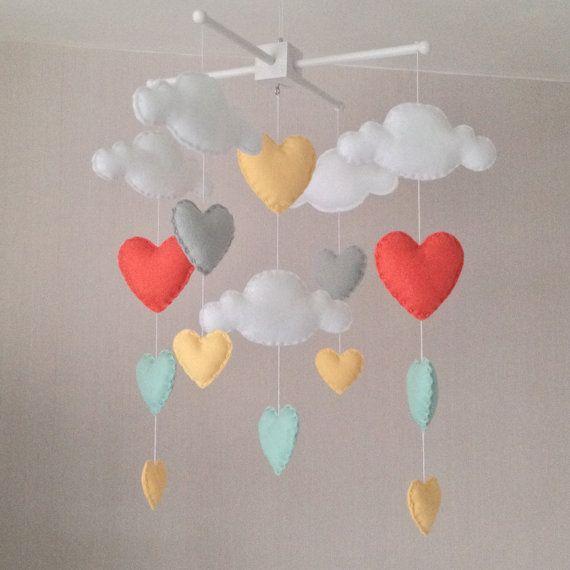 mobile pluie nuage coeur