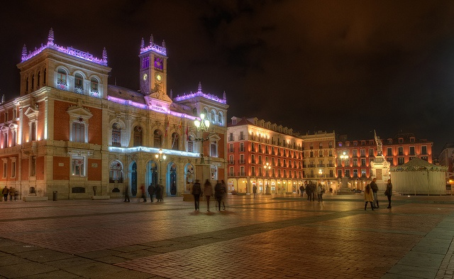 Valladolid Spain, Ill be seeing you in 2 days!                                                                                                               Plaza Mayor, Valladolid (Spain), HDR             by        marcp_dmoz      on        Fli..