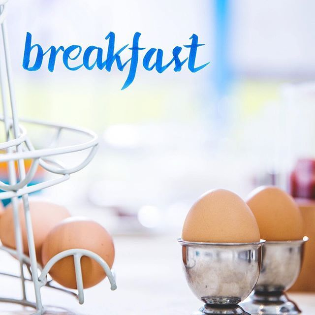 Breakfast is one thing we take very, very seriously at Hotel Melissanthi! Have a great breakfast, and then head to the beach or take a short trip to Thessaloniki for some sight-seeing! This kind of breakfast will be waiting for you next year 😉!  Το πρωινό είναι κάτι που παίρνουμε πολύ σοβαρά στο ξενοδοχείο μας! Ό,τι πρέπει για να σας γεμίσει με ενέργεια για την ημέρα!