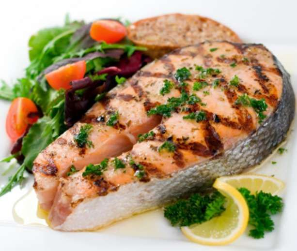 With omega-o and tons of protein, this salmon recipe will keep your brain and tummy satisfied.