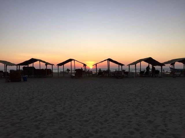 LAST MINUTE TILBUD: SPAR 500,00 kr.  - Skræddersy din egen yoga ferie i Goa. Denne yoga ferie er den perfekte kombination af aktiv ferie og dase ferie.. Her er det dig der bestemmer tempoet. Morgen og aften yoga ligger med tilpas mellemrum, så der er plads til at dase på stranden, Købe tørklæd