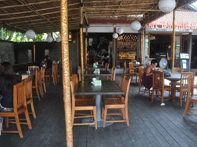 chill outside terrace at Cafe Batu Jimbar, Sanur, Bali: brunch hotspot