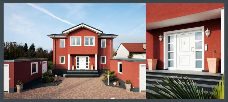Weisse, klassische Stilelemente vor roter Wand geben diesem Haus den einzigartigen Look eines Schwedenhauses. Besonders die Haustüre im Landhausstil trägt wesentlich dazu bei.