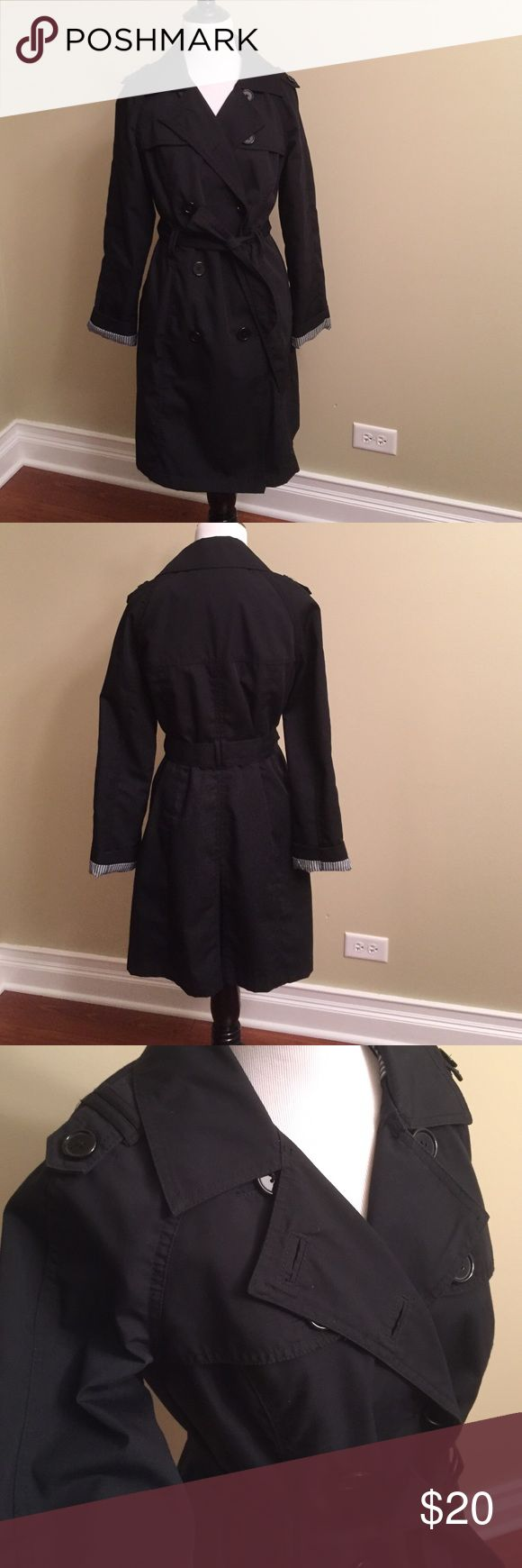 Black trench coat Always stylish black trench by Merona.  Great condition. This is lightweight and super cute!  Size small Jackets & Coats Trench Coats