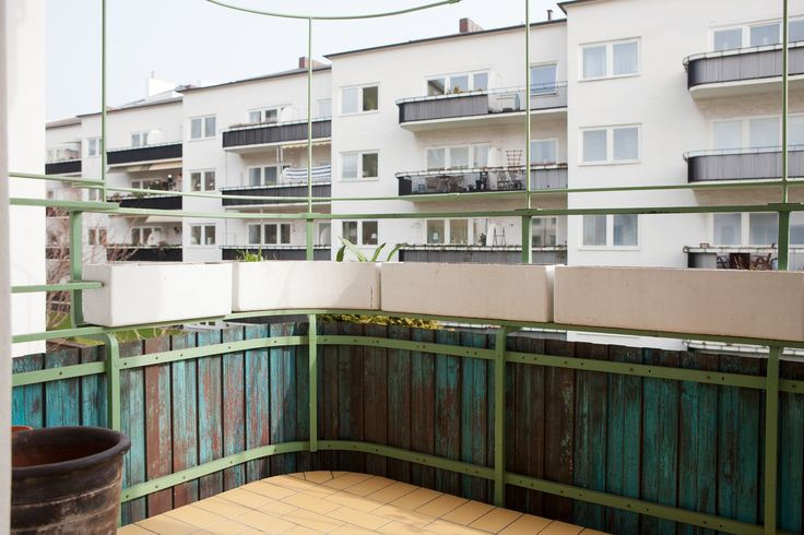 Funkis, Låga Ribershus, balkong, foto Bolaget Fastighetsförmedling