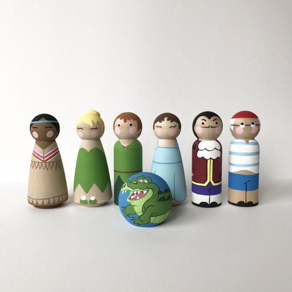 Peter Pan Inspired Peg Dolls Set van ClarasCreations2011 op Etsy