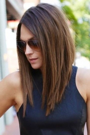 Long bob escalado liso - Pelo long bob muy liso y escalado, asimétrico y sin flequillo. | Ropa | Pinterest | Long Bobs, Bobs and Html