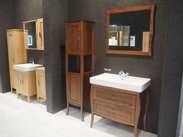 zaprezentowaliśmy także meble MALMO i BARREL wykonane z litego drewna #defra #ish #malmo #barrel #meblelazienkowe #bathroomfurniture