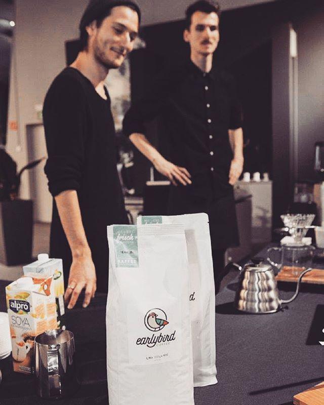 COFFEECOFFEECOFFEE ☕️✌️#ouvercoffeestation  #dripstation #dripitlikeitshot #coffeeart #brewbar #brew #dripcoffee #coffee #singleorigin #germany #shareit #likeit #brewguide #handcrafted #coffeehouse #pourover #hario #chemex #aeropress #v60 #coffeelove  #carpenter #kaffee #saw #pouroverstand #pouroverstation #latteart #dripper #ouverstand