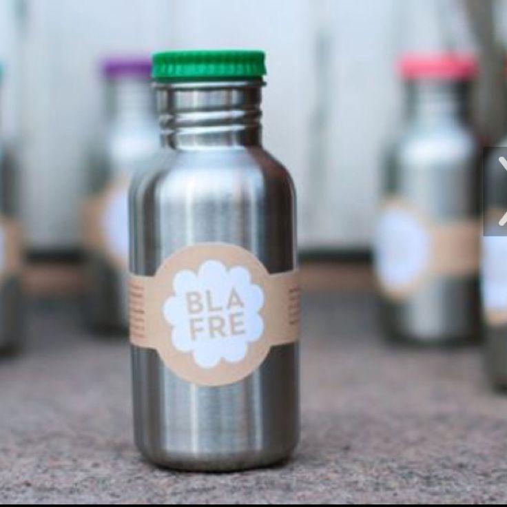 🎄 Lucka 12 🎄 — 10 % på våra underbara drickflaskor i stål från Blafre. Finns i två storlekar.  Ange kod 12ADVENT i kassan.  www.crazydaisy.se