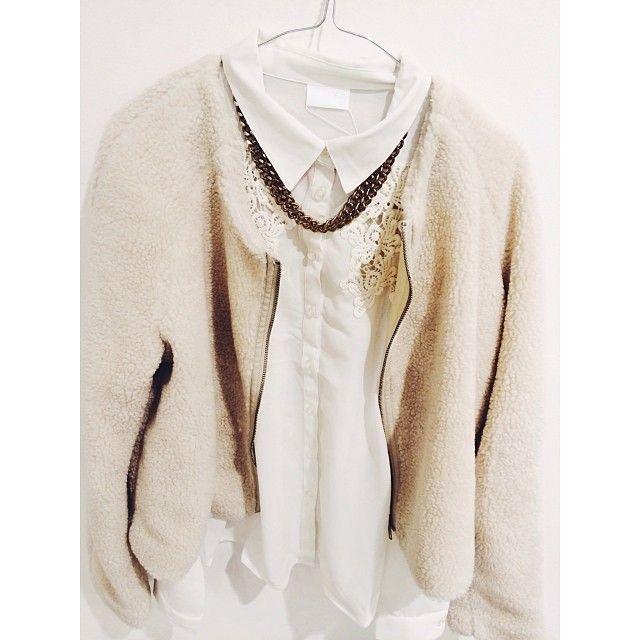 Håll dig både varm och snygg! Jackan hittar du hos oss i Hansa för endast 149 kr. #hansa #bubbleroom #vila #fashion #outfit #popupplace #pop...