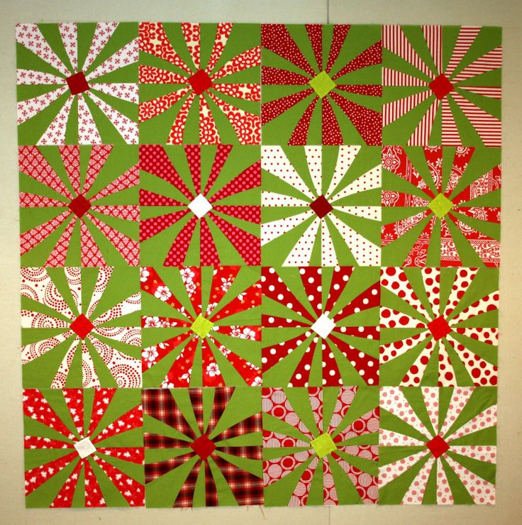 Christmas Quilt - You could use different colors and make it a Spring Quilt.: Colors Combos, Christmas Colors, Roots Connection, Flowers Power, Christmas Quilts, Modern Christmas, Spring Quilts, Bright Colors, Quilts Festivals