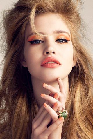 *Fashion, Hair Colors, Orange Eyeshadows, Eye Shadows, Hairmakeup, Wings Eyeliner, Beautiful, Hair Makeup, Big Hair