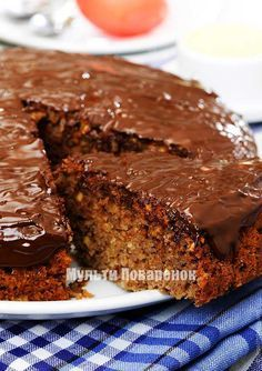 Шоколадный пирог в мультиварке: рецепт с грецкими орехами
