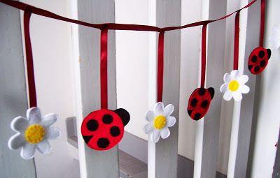 Ladybug & Daisy Garland {Tutorial} - Handmade Cuddles