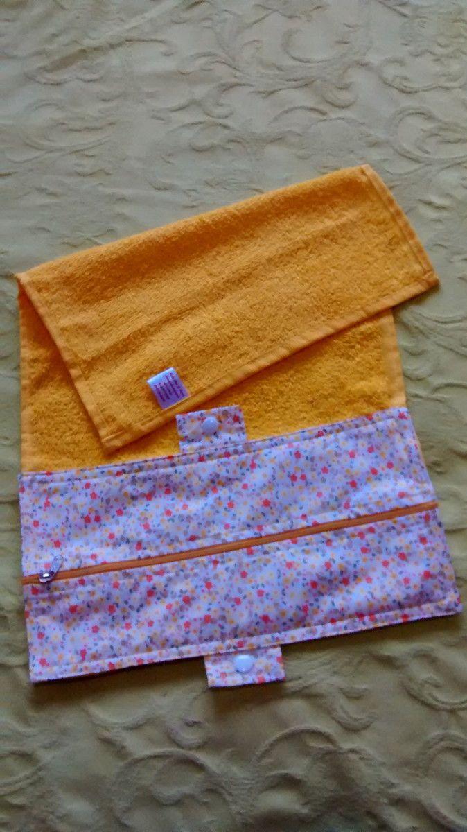 Toalhinha necessaire porta higiene,ótima para levar escova e pasta de dentes para a escola,varias cores e toalhas e estampas de tecido.peça ja para seu filho.