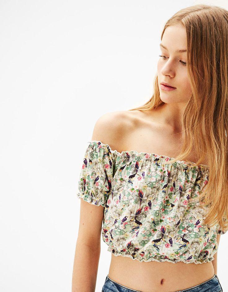 Gerimpelde top met blote schouders - T-Shirts - Bershka Netherlands