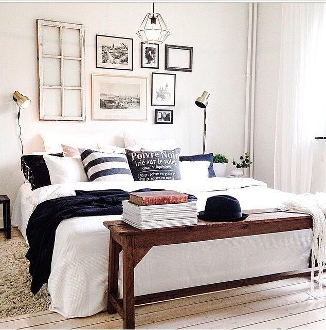 Of hang eens een oud raam boven je bed. Ook gezocht: oude bank voor achter bed