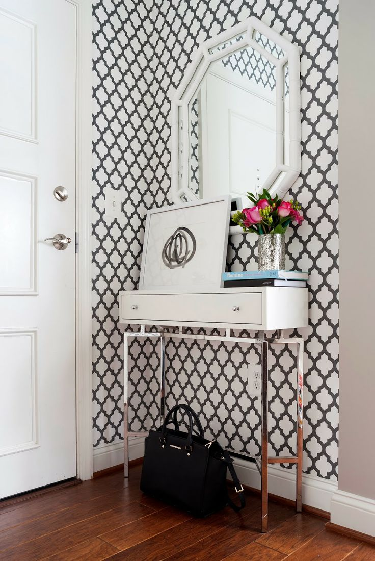 Big I want to do similar but larger pattern in blue and a spectacular DIY mirror!