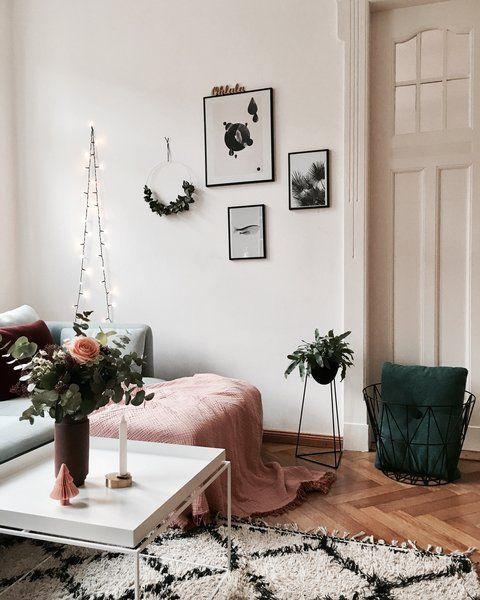 Farbinspiration der Woche: 8 Ideen zum Leben mit pink-schwarz | SoLebIch.de   – Couchtisch Ideen ♡ Wohnklamotte