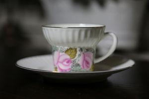 Kaffekopp i Benporslin från Ryska Lomonosov - La Reine Inredningar